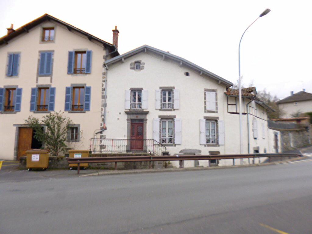 Appartement à louer 2 46m2 à Aurillac vignette-8