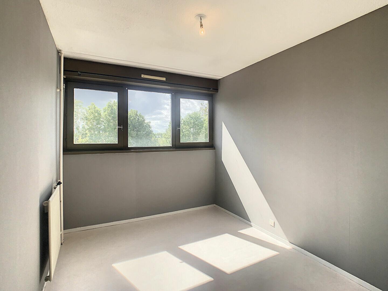 Appartement à louer 3 66m2 à Aurillac vignette-7
