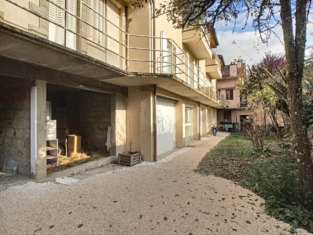 Appartement à louer 4 80m2 à Aurillac vignette-1