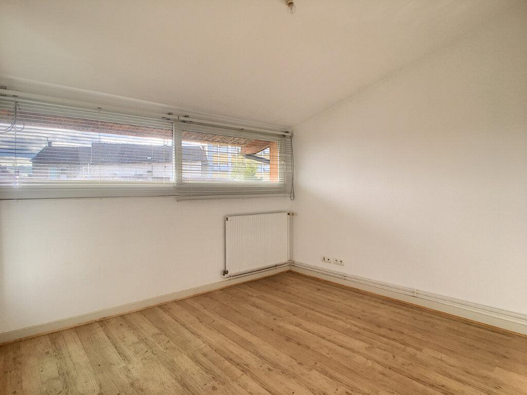 Appartement à louer 4 80m2 à Aurillac vignette-11