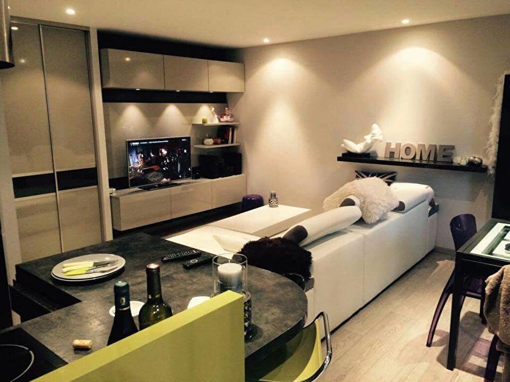 Appartement à louer 3 62.1m2 à Aurillac vignette-2