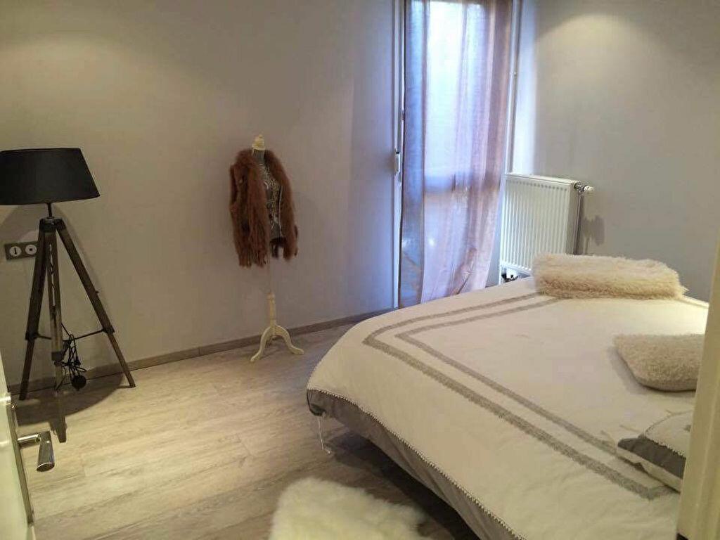 Appartement à louer 3 62.1m2 à Aurillac vignette-4