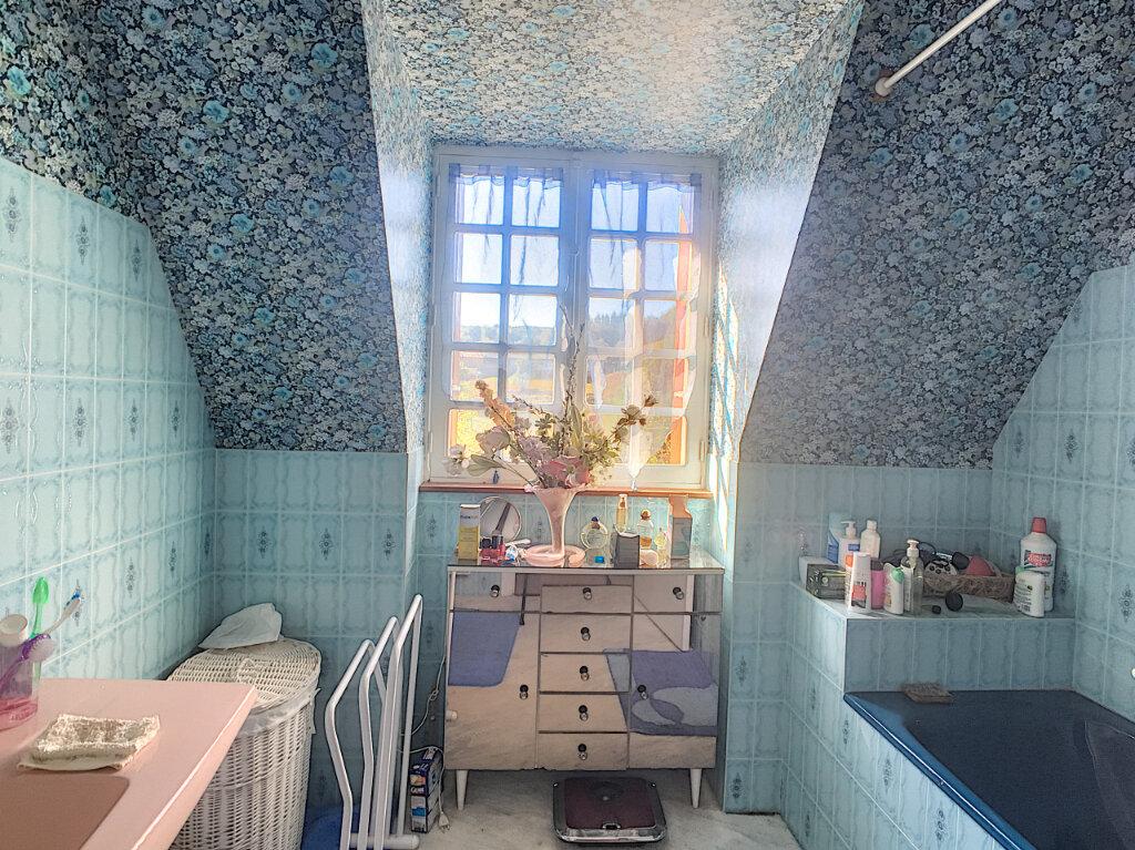 Maison à vendre 5 120m2 à Roannes-Saint-Mary vignette-6