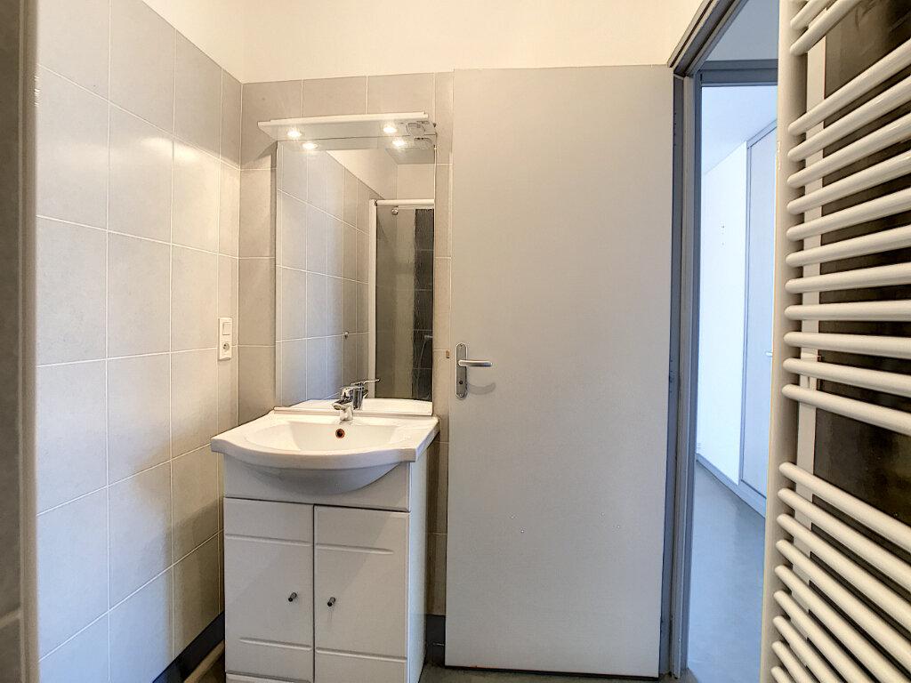 Appartement à louer 2 38m2 à Jussac vignette-8