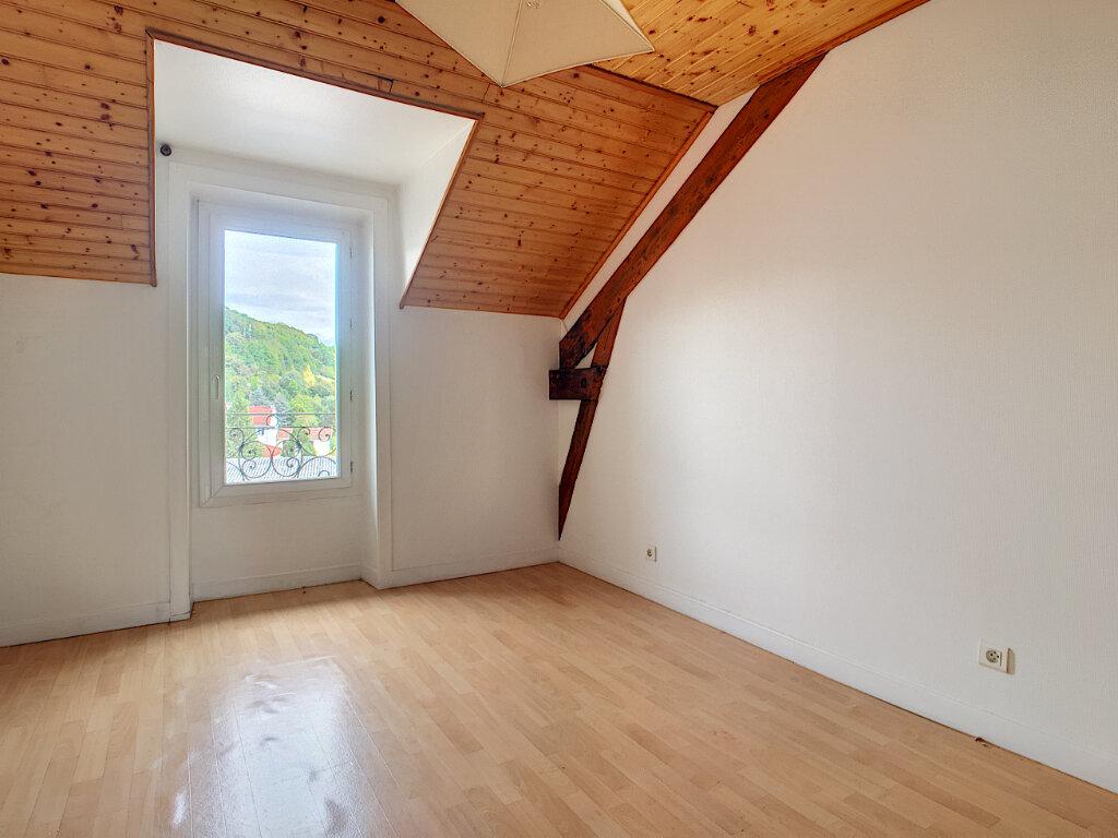 Appartement à louer 2 46.82m2 à Aurillac vignette-3