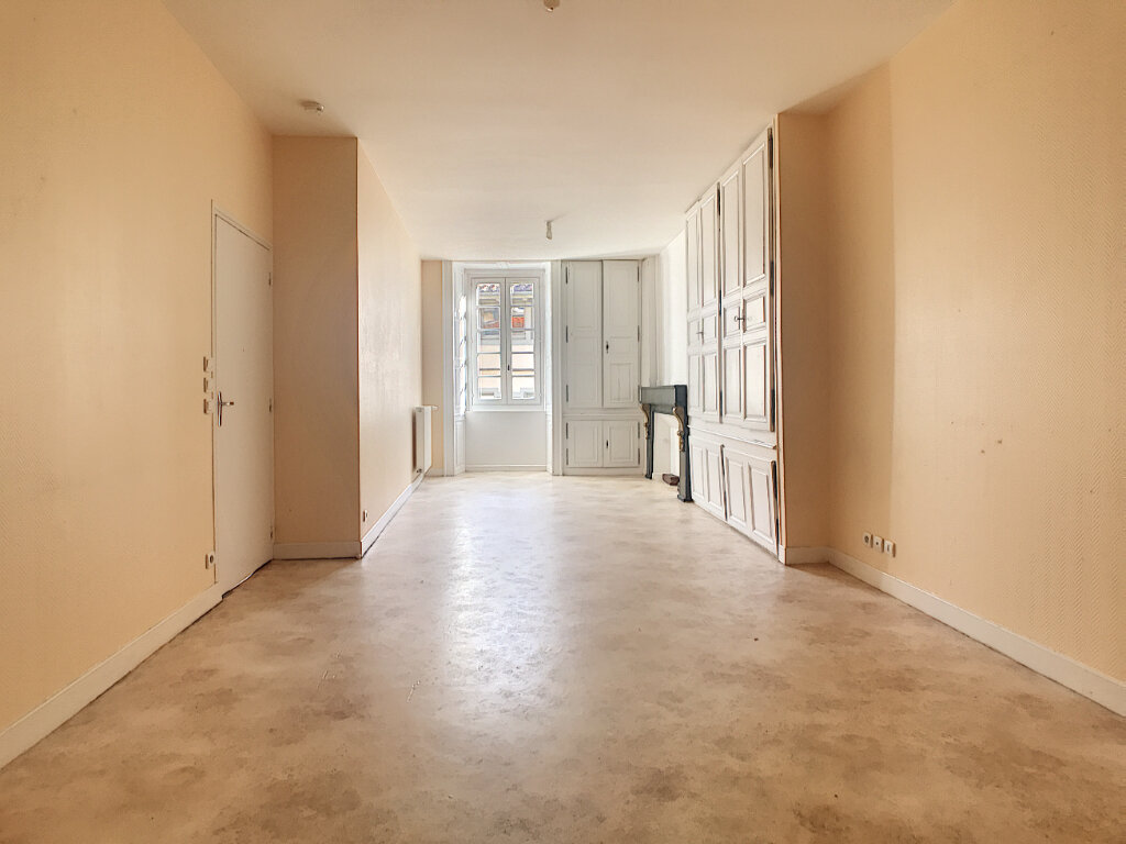 Appartement à louer 2 62m2 à Aurillac vignette-3