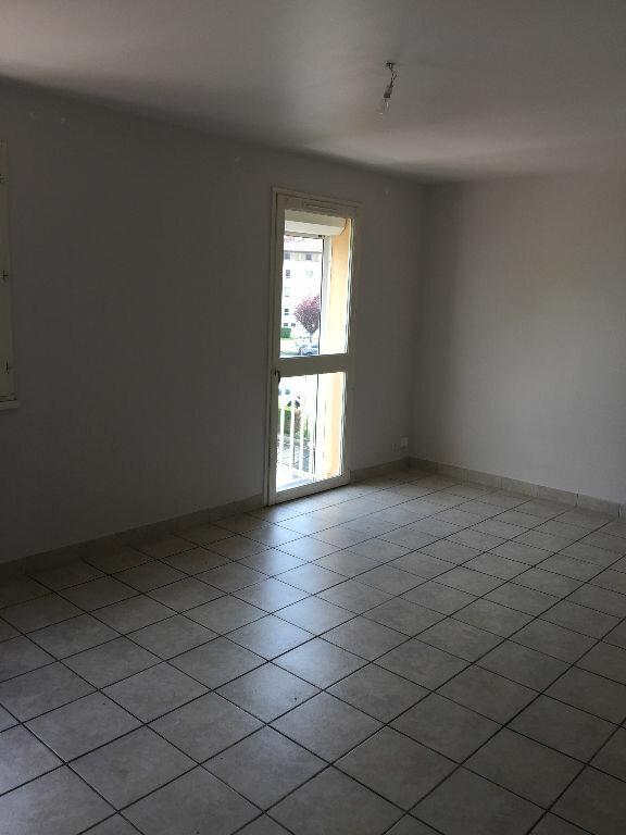 Appartement à louer 3 61m2 à Aurillac vignette-4