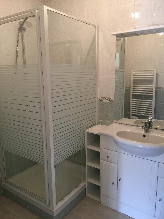 Appartement à louer 3 61m2 à Aurillac vignette-5
