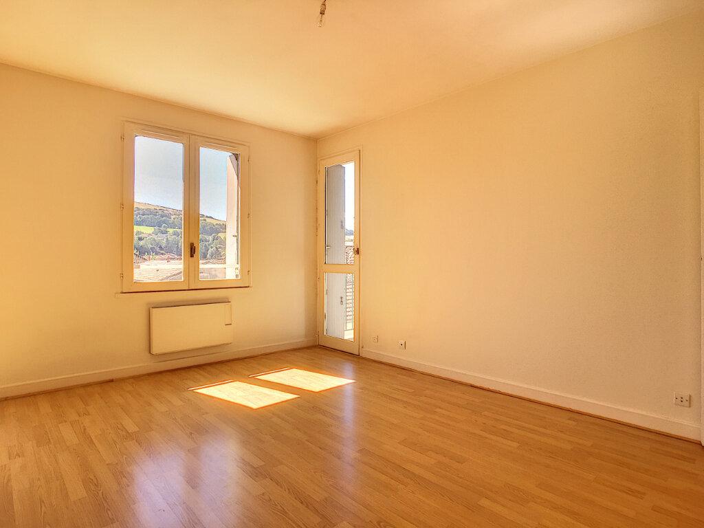 Appartement à louer 2 42.5m2 à Aurillac vignette-3