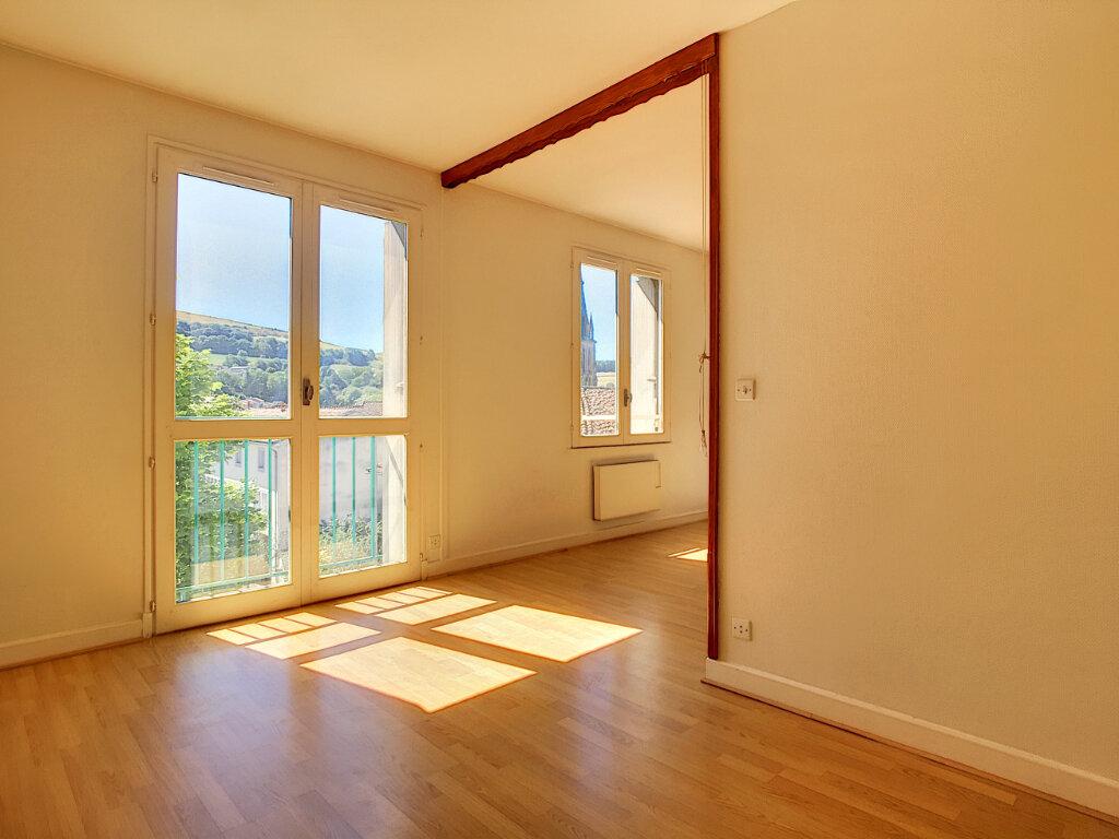 Appartement à louer 2 42.5m2 à Aurillac vignette-5