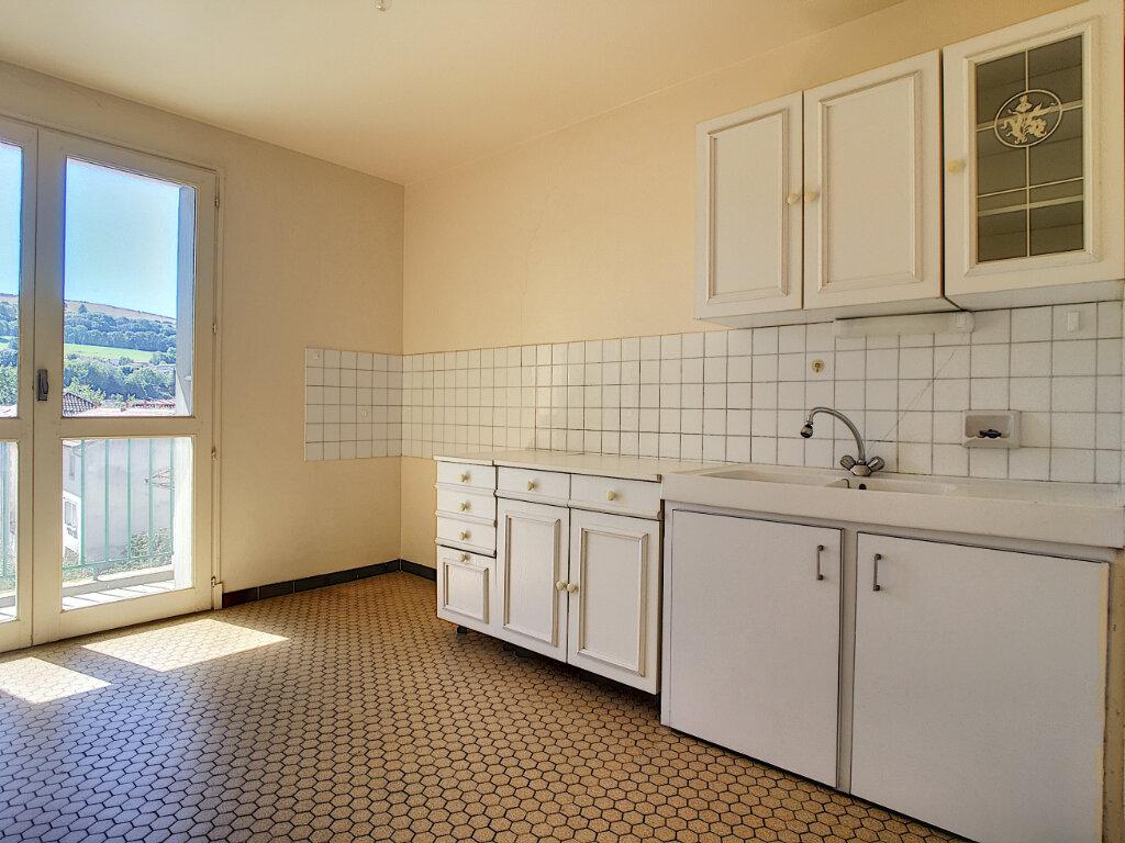 Appartement à louer 2 42.5m2 à Aurillac vignette-6