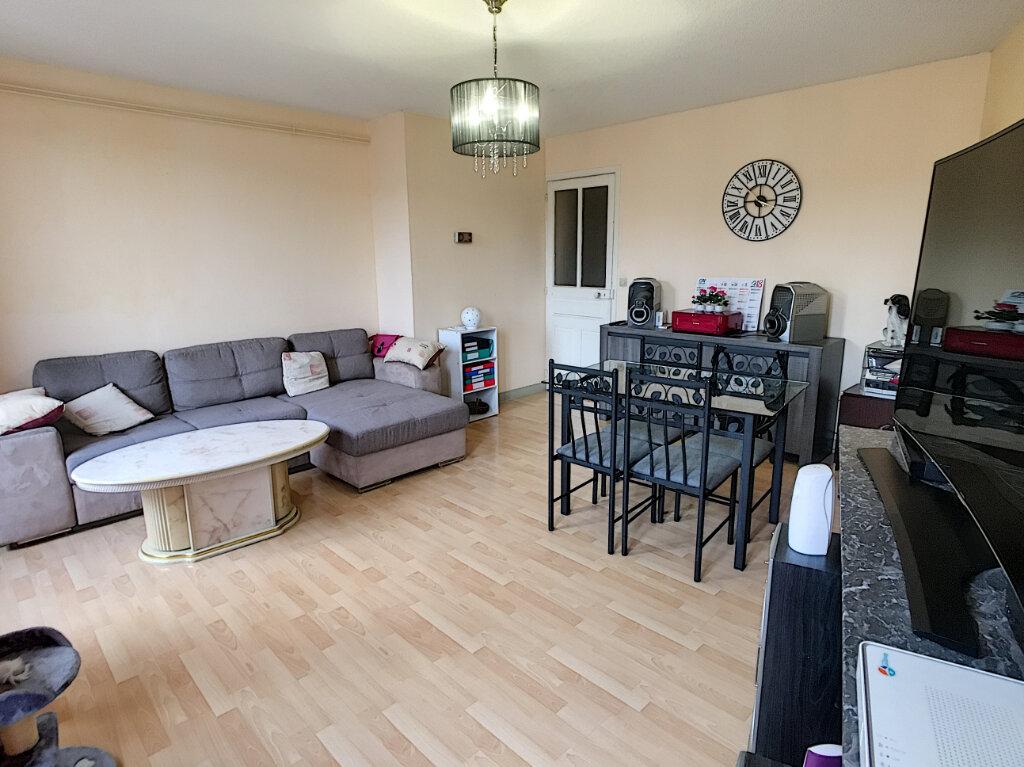 Appartement à vendre 3 66m2 à Aurillac vignette-4