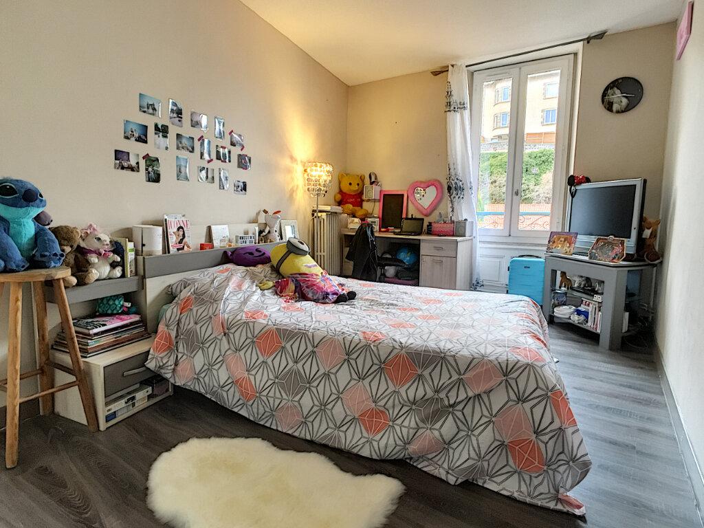 Appartement à vendre 3 66m2 à Aurillac vignette-5