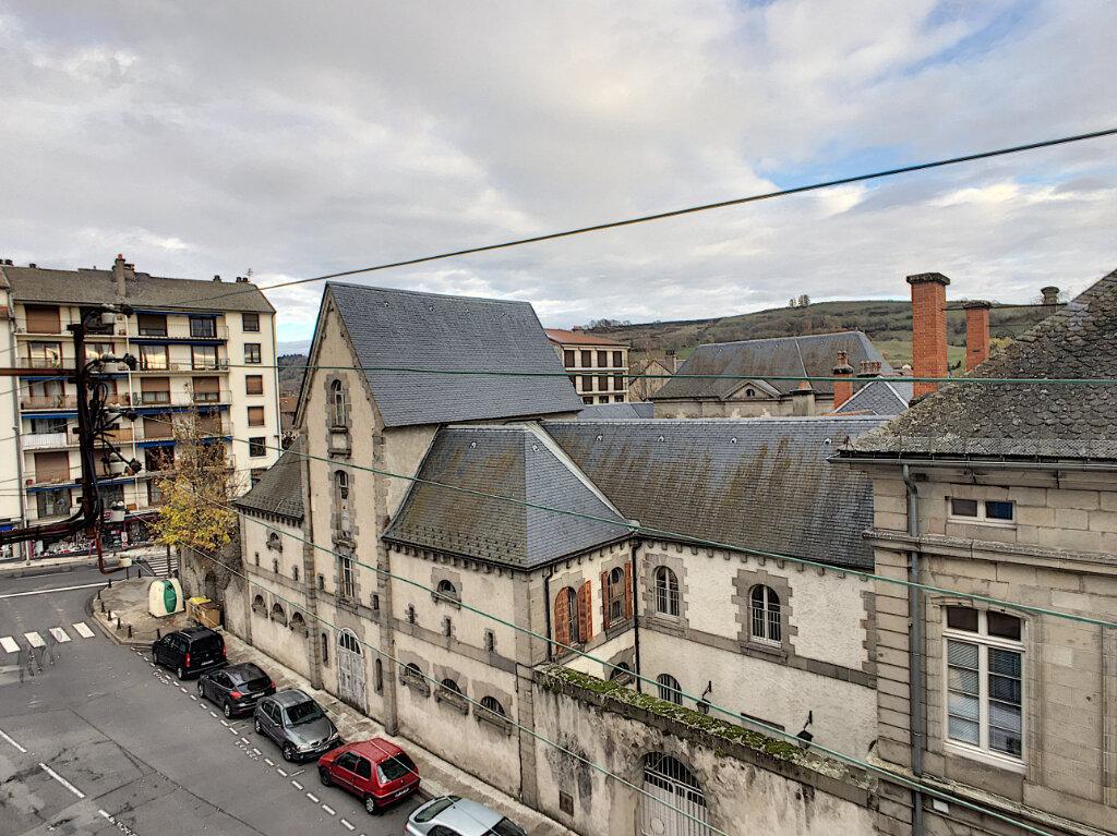 Appartement à vendre 3 66m2 à Aurillac vignette-8