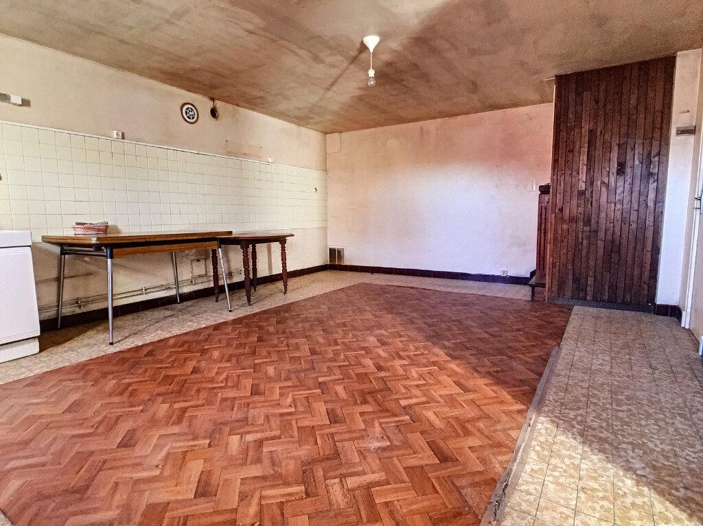 Maison à vendre 4 60m2 à Montsalvy vignette-2