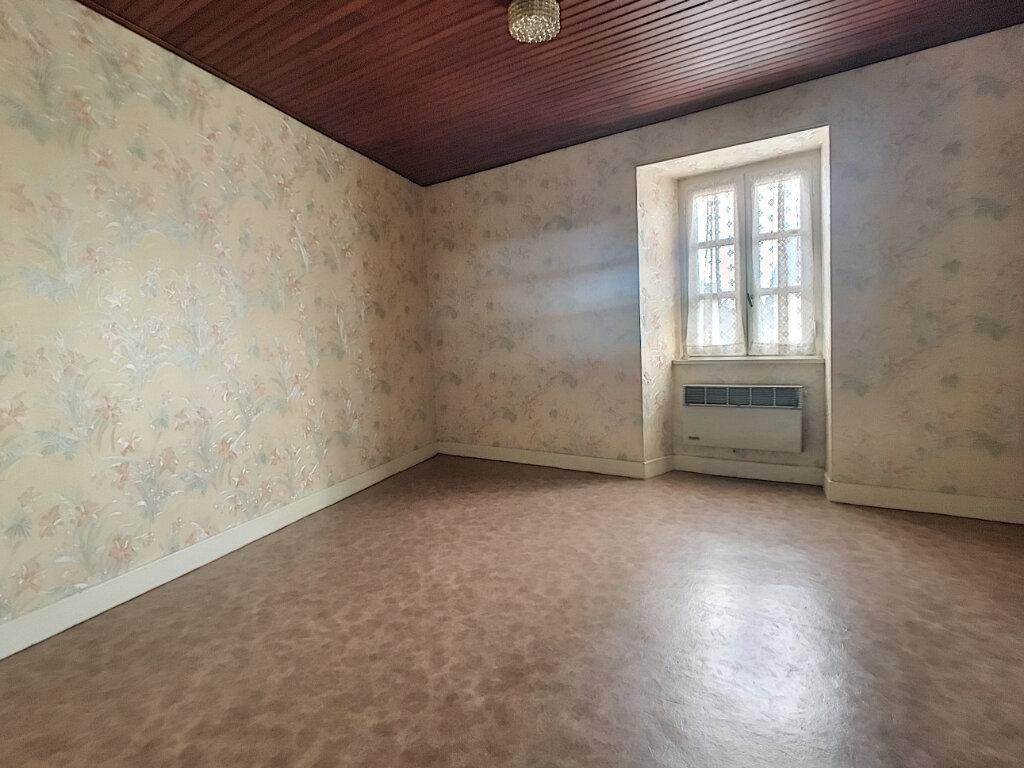 Maison à vendre 4 60m2 à Montsalvy vignette-3