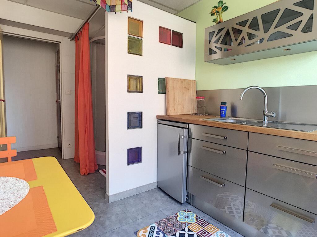 Appartement à louer 2 49.18m2 à Aurillac vignette-6