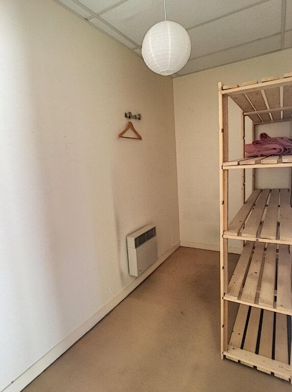 Appartement à louer 2 49.18m2 à Aurillac vignette-8