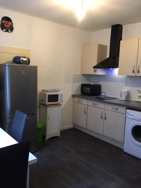 Appartement à louer 2 38m2 à Aurillac vignette-1