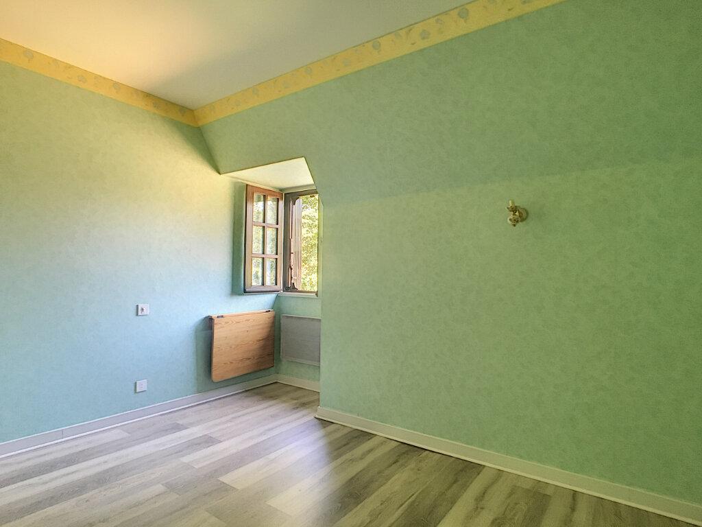 Maison à louer 8 150m2 à Marcolès vignette-6