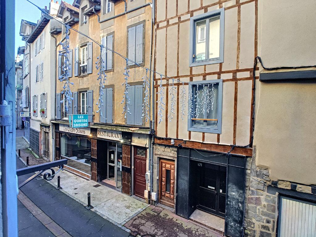 Appartement à louer 2 56m2 à Aurillac vignette-1