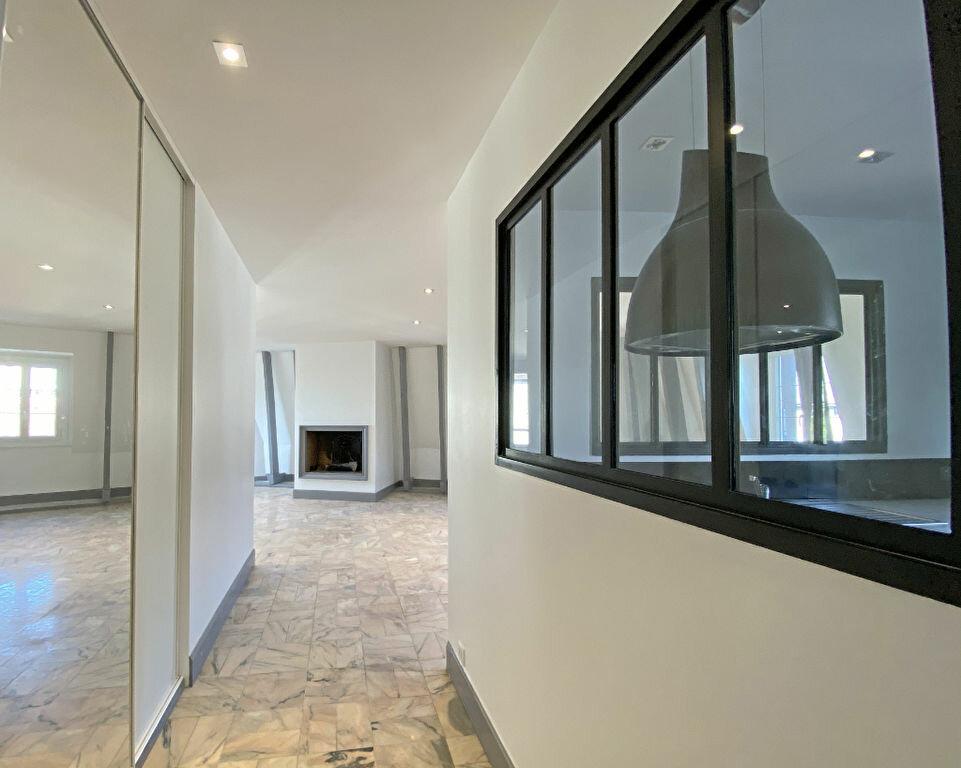 Appartement à louer 3 101m2 à Aurillac vignette-5