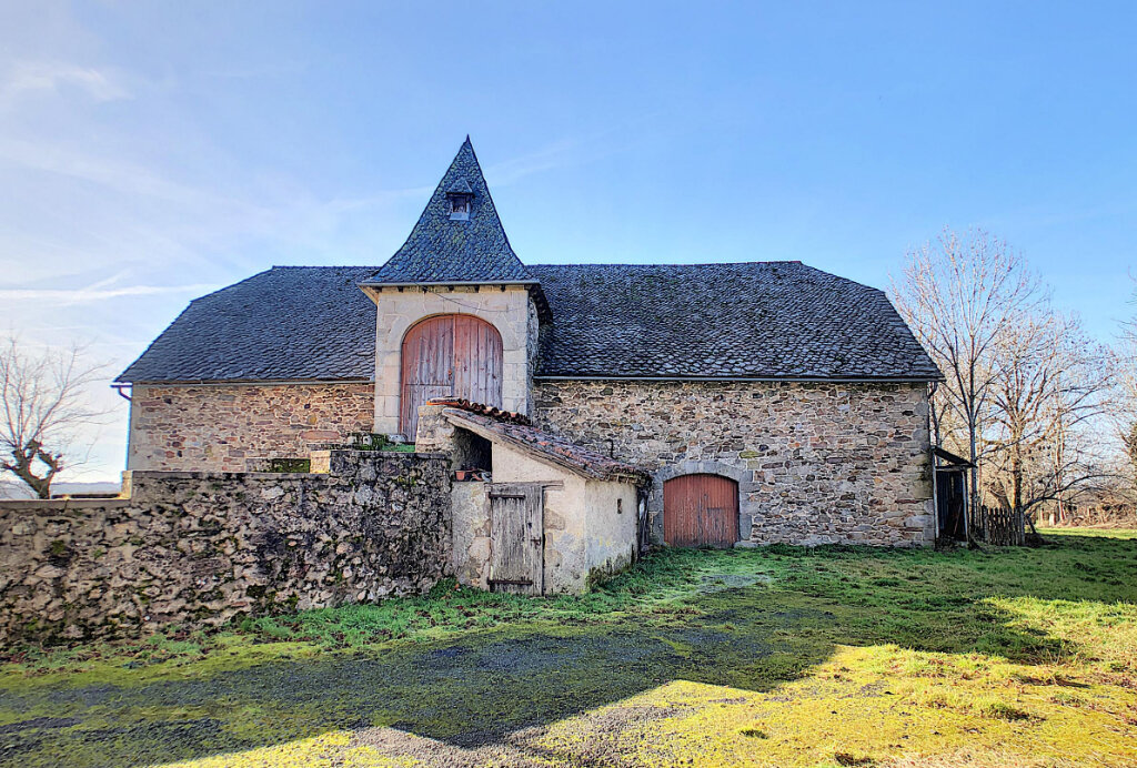 Maison à vendre 9 233m2 à Montvert vignette-2