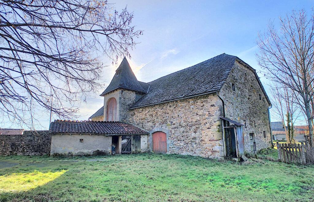 Maison à vendre 9 233m2 à Montvert vignette-3