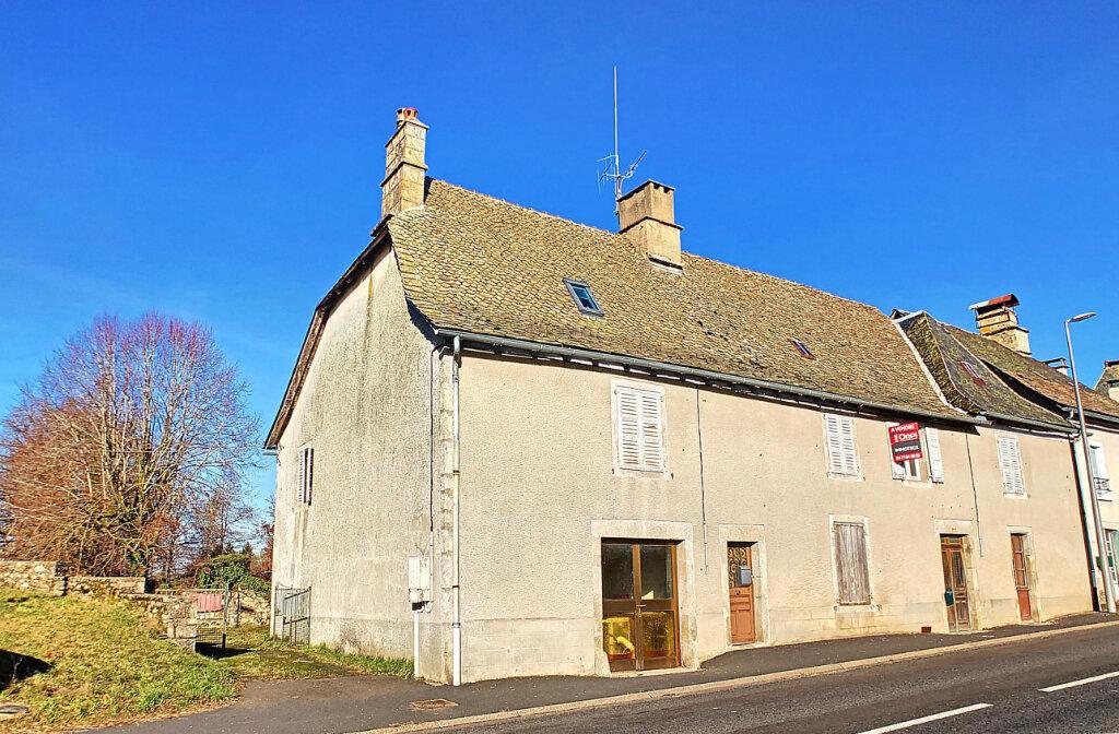 Maison à vendre 9 233m2 à Montvert vignette-5