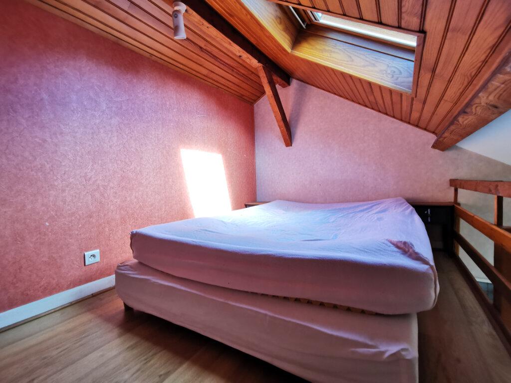 Appartement à louer 1 18.34m2 à Aurillac vignette-3