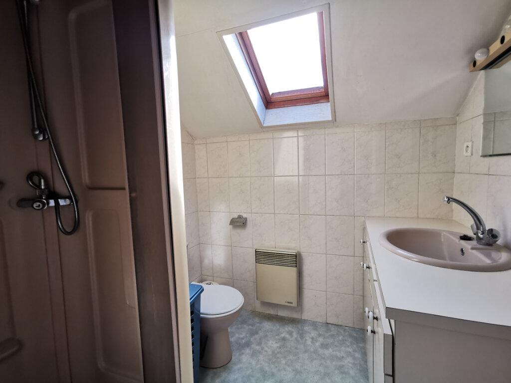Appartement à louer 1 18.34m2 à Aurillac vignette-4