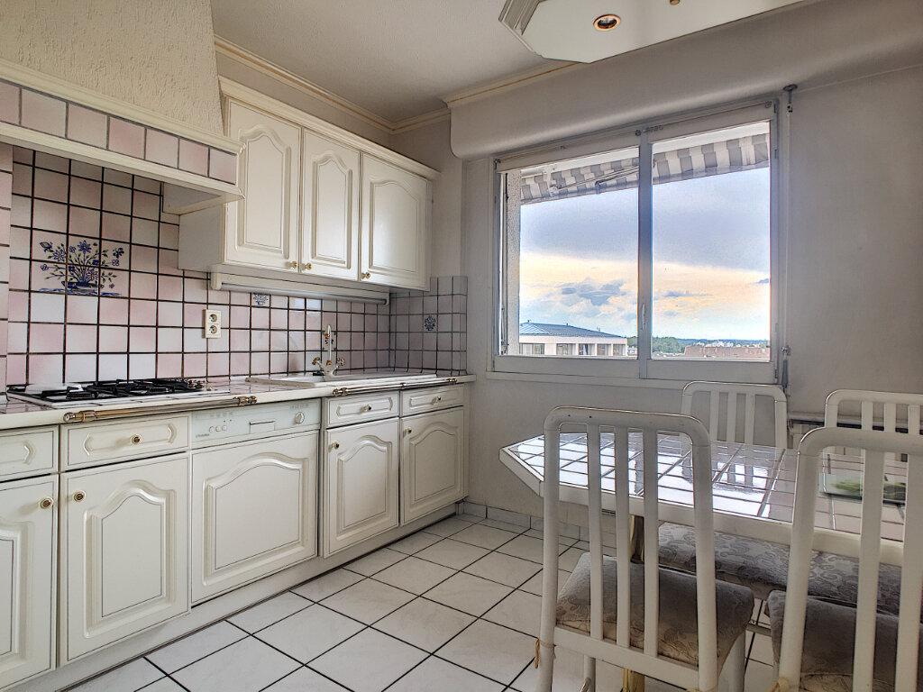 Appartement à louer 2 46.19m2 à Aurillac vignette-2