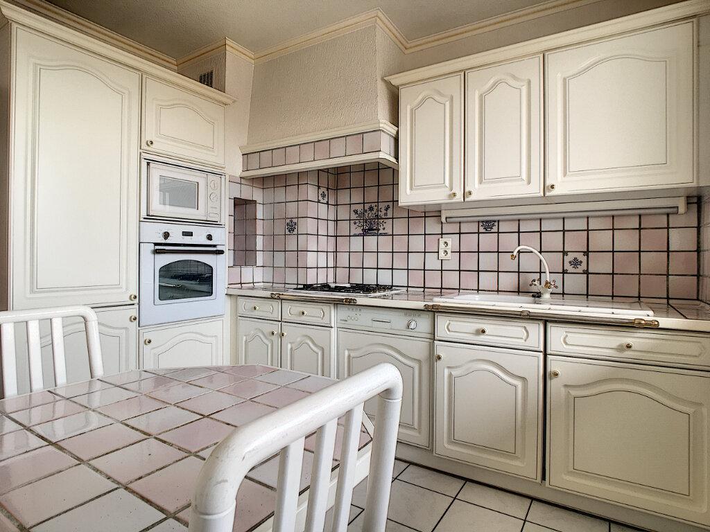 Appartement à louer 2 46.19m2 à Aurillac vignette-3