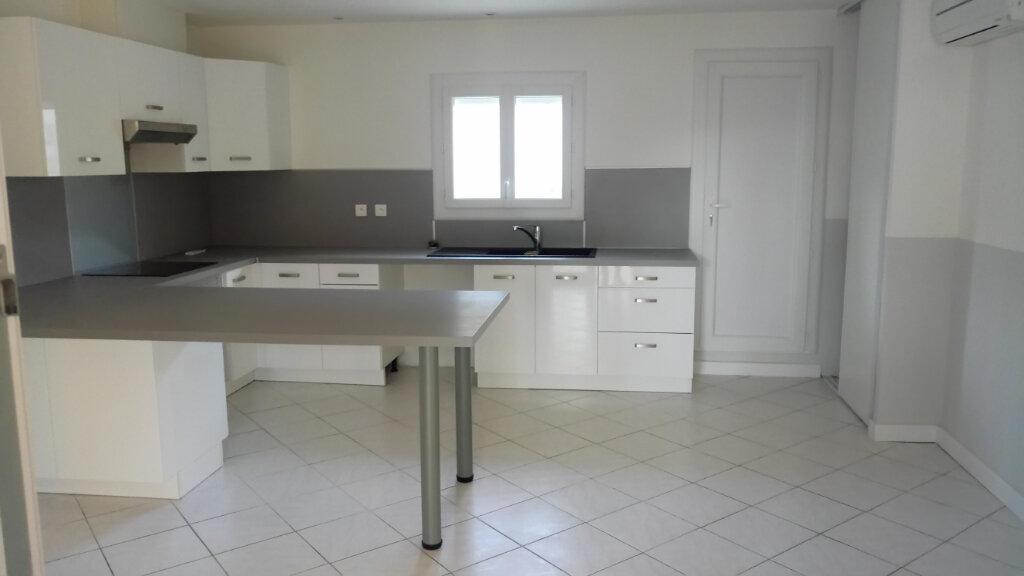 Appartement à louer 3 88.49m2 à Lattes vignette-5