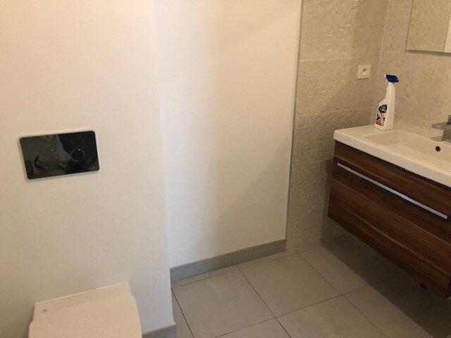 Appartement à louer 2 53.82m2 à Villeneuve-lès-Maguelone vignette-3