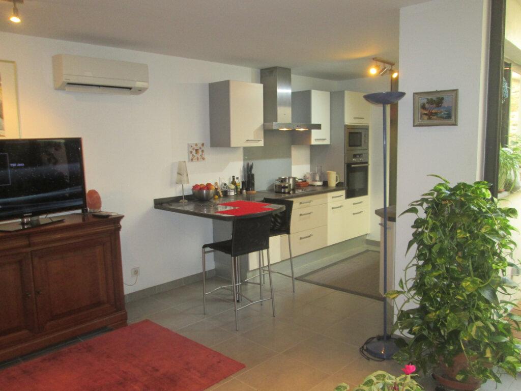 Appartement à vendre 3 90m2 à Pérols vignette-3