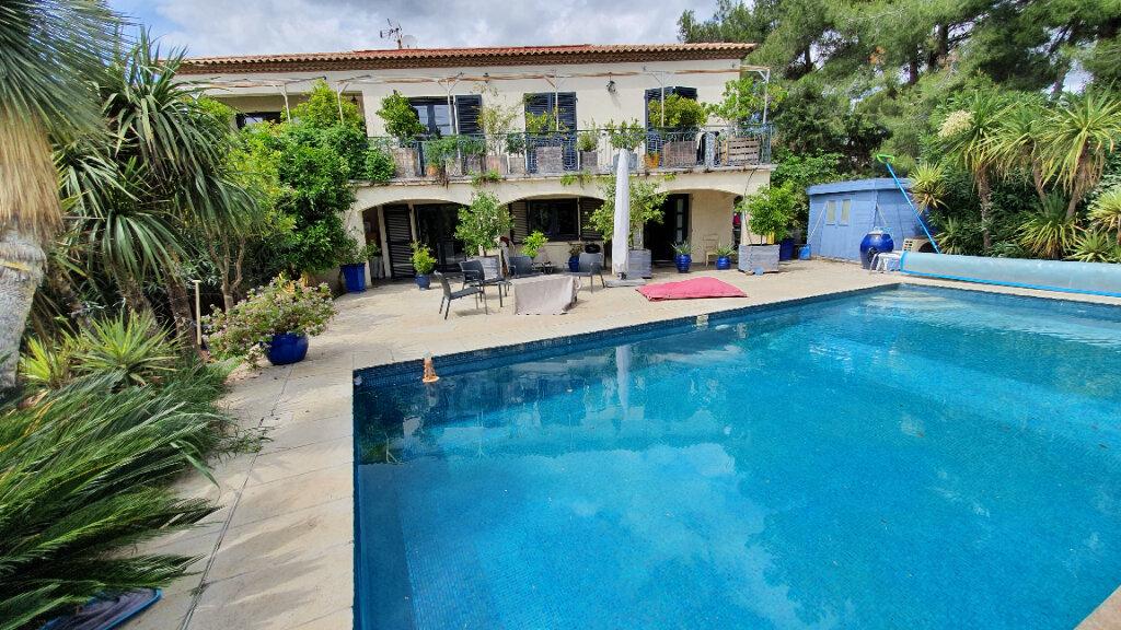 Maison à vendre 6 170m2 à Castelnau-le-Lez vignette-5