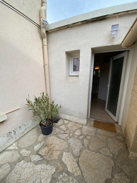 Appartement à louer 1 13.65m2 à Pérols vignette-5