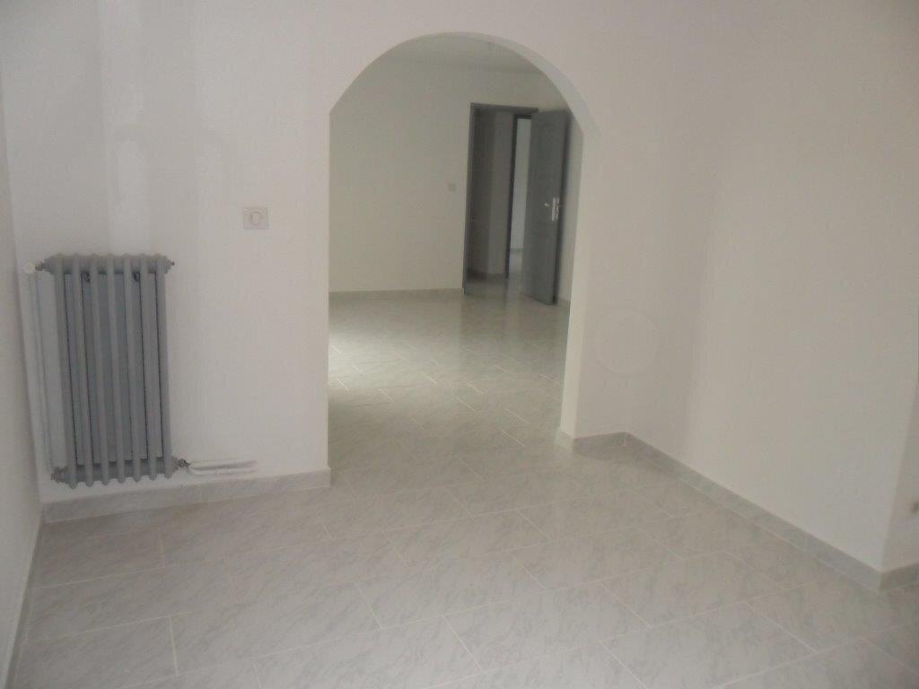 Appartement à louer 4 73.71m2 à Montpellier vignette-4