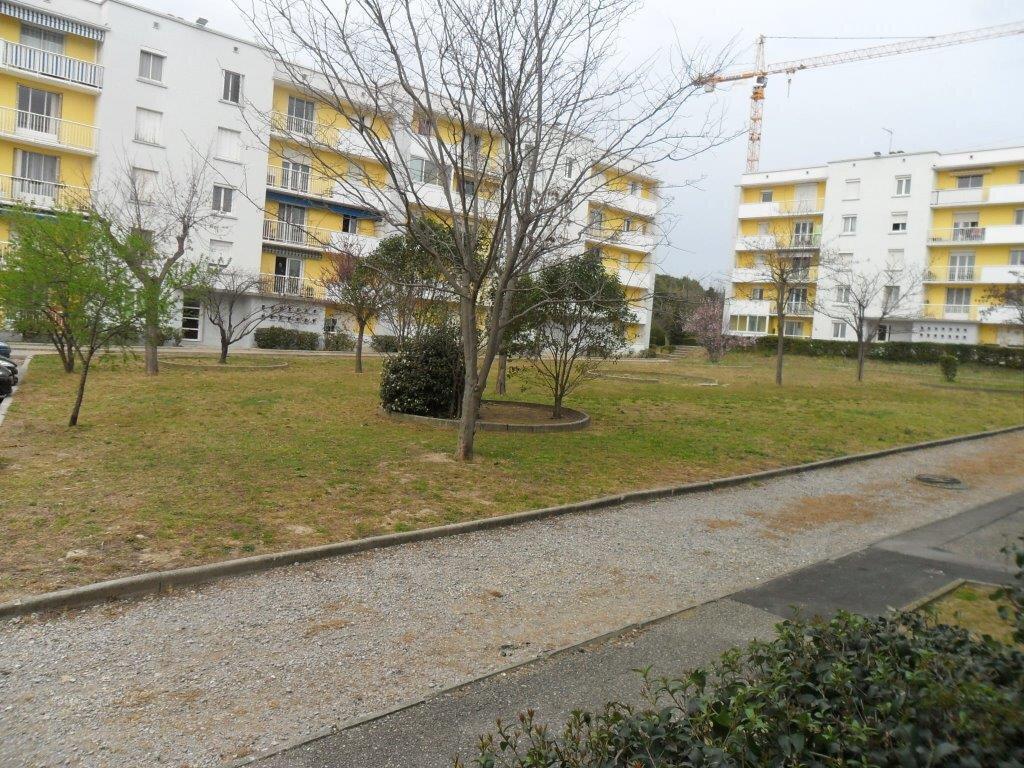 Appartement à louer 4 73.71m2 à Montpellier vignette-8