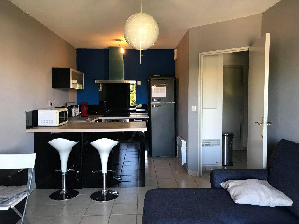 Appartement à vendre 2 34m2 à Mèze vignette-1