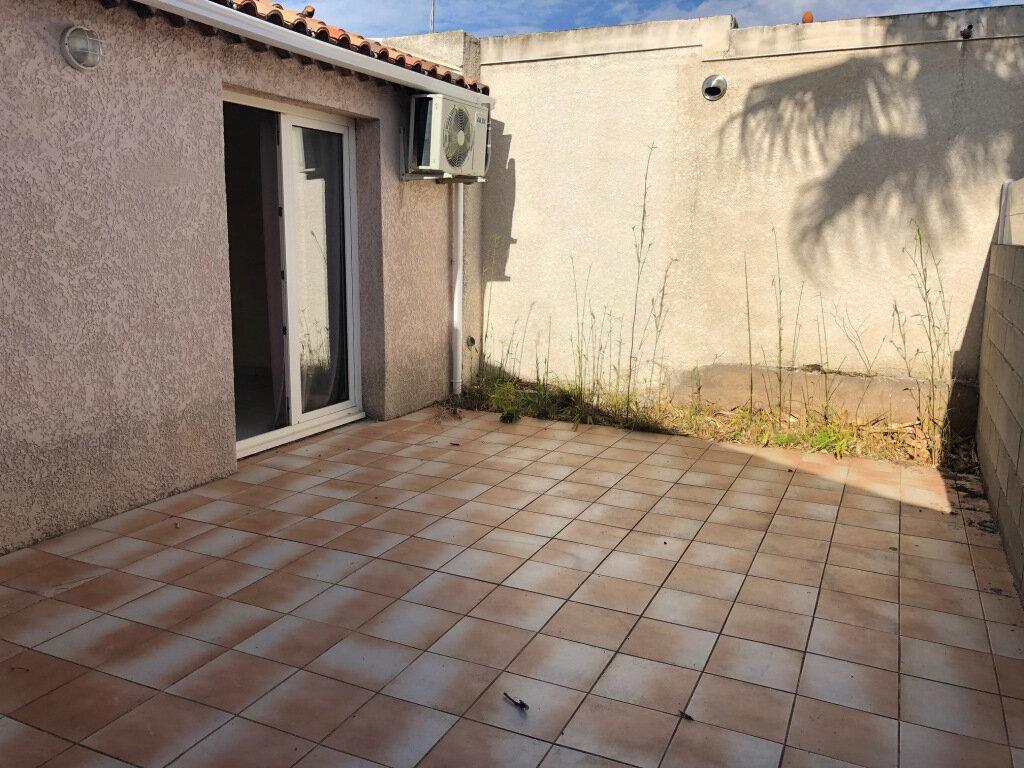 Appartement à louer 2 24.75m2 à Balaruc-les-Bains vignette-2