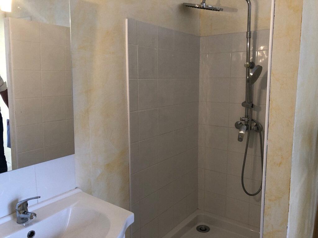 Appartement à louer 2 24.75m2 à Balaruc-les-Bains vignette-8