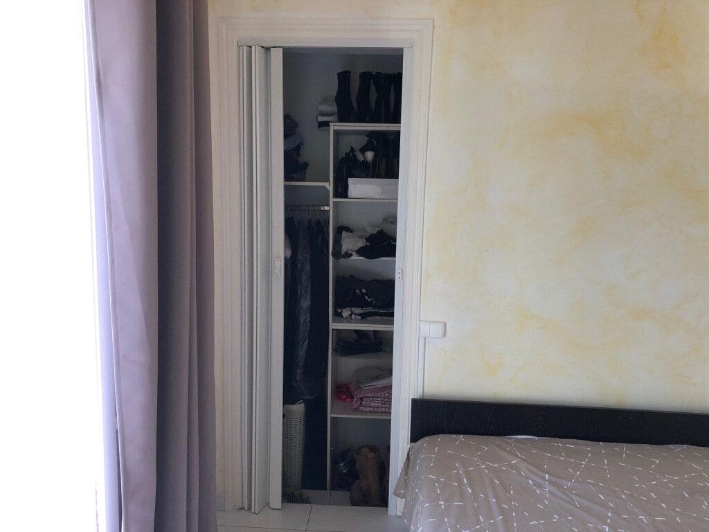 Appartement à louer 2 24.75m2 à Balaruc-les-Bains vignette-9