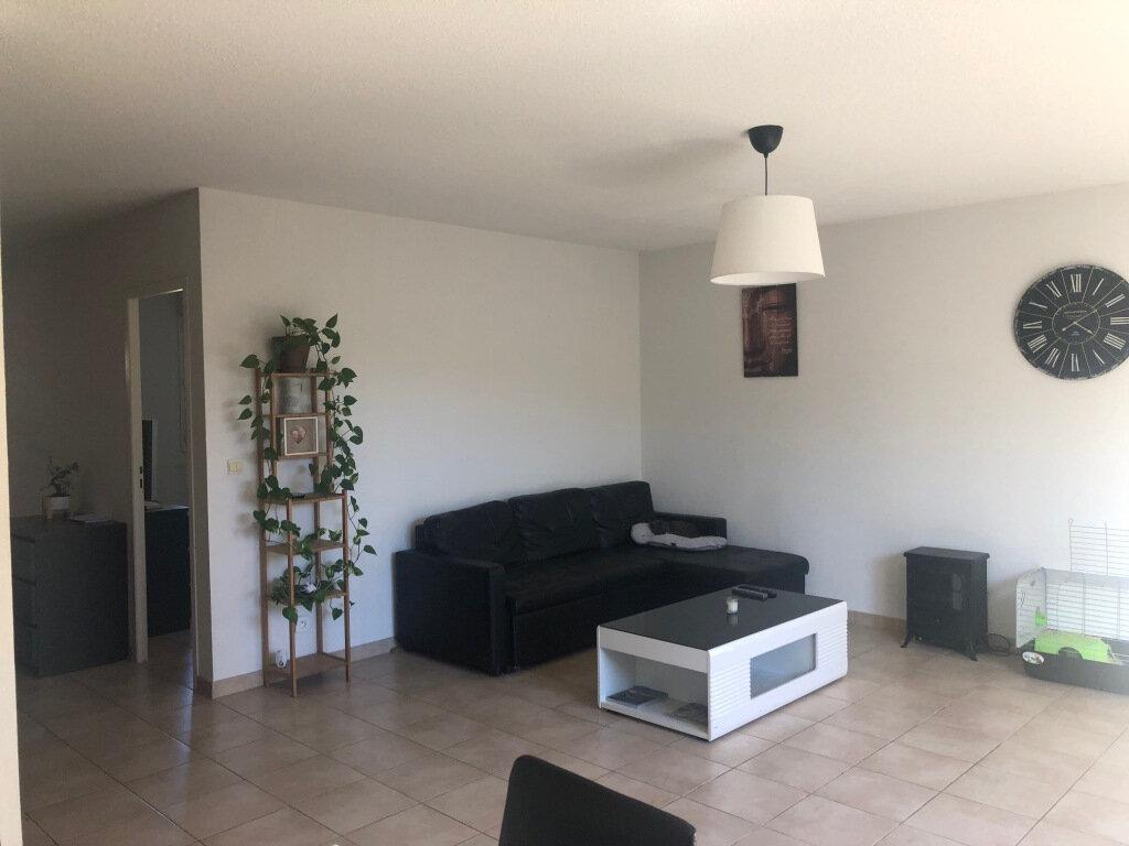 Maison à louer 4 95.65m2 à Mèze vignette-2