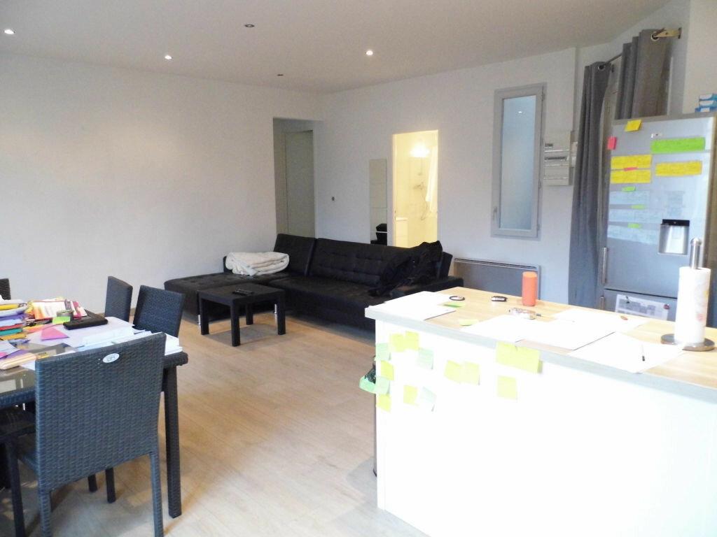 Appartement à louer 3 56.46m2 à Montpellier vignette-1