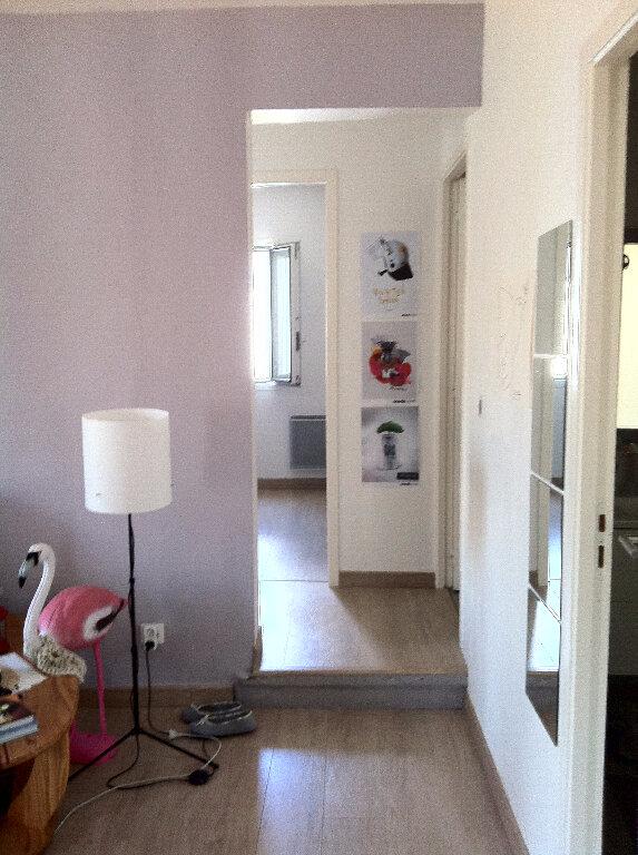Appartement à louer 3 56.46m2 à Montpellier vignette-3