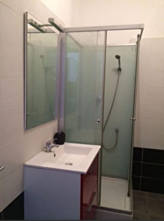 Appartement à louer 2 27.37m2 à Montpellier vignette-4