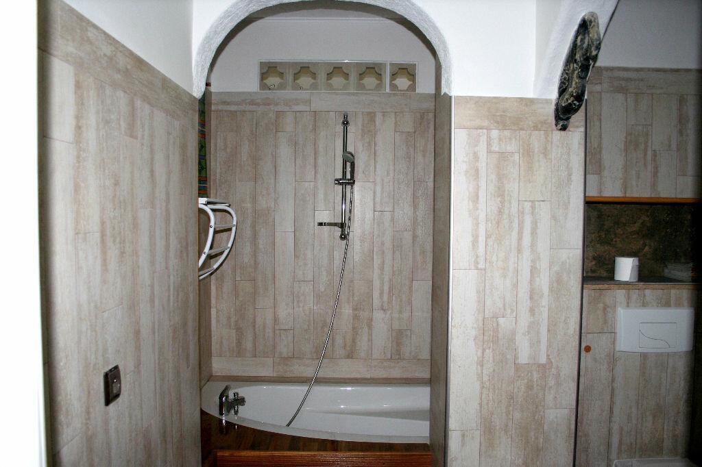 Maison à vendre 5 150m2 à Lézignan-Corbières vignette-4