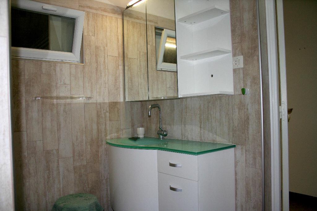 Maison à vendre 5 150m2 à Lézignan-Corbières vignette-5